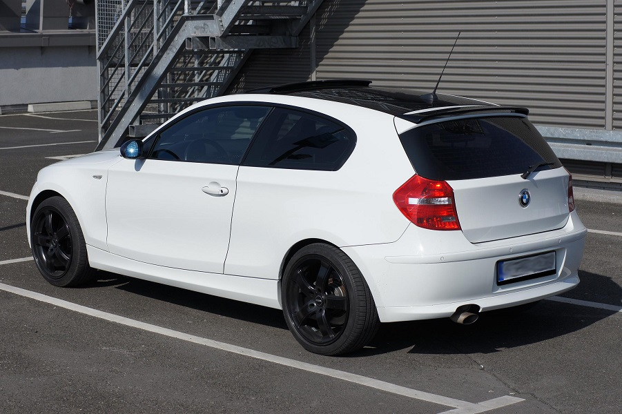 bmw 1 e81 e87 h style roof spoiler ebay. Black Bedroom Furniture Sets. Home Design Ideas