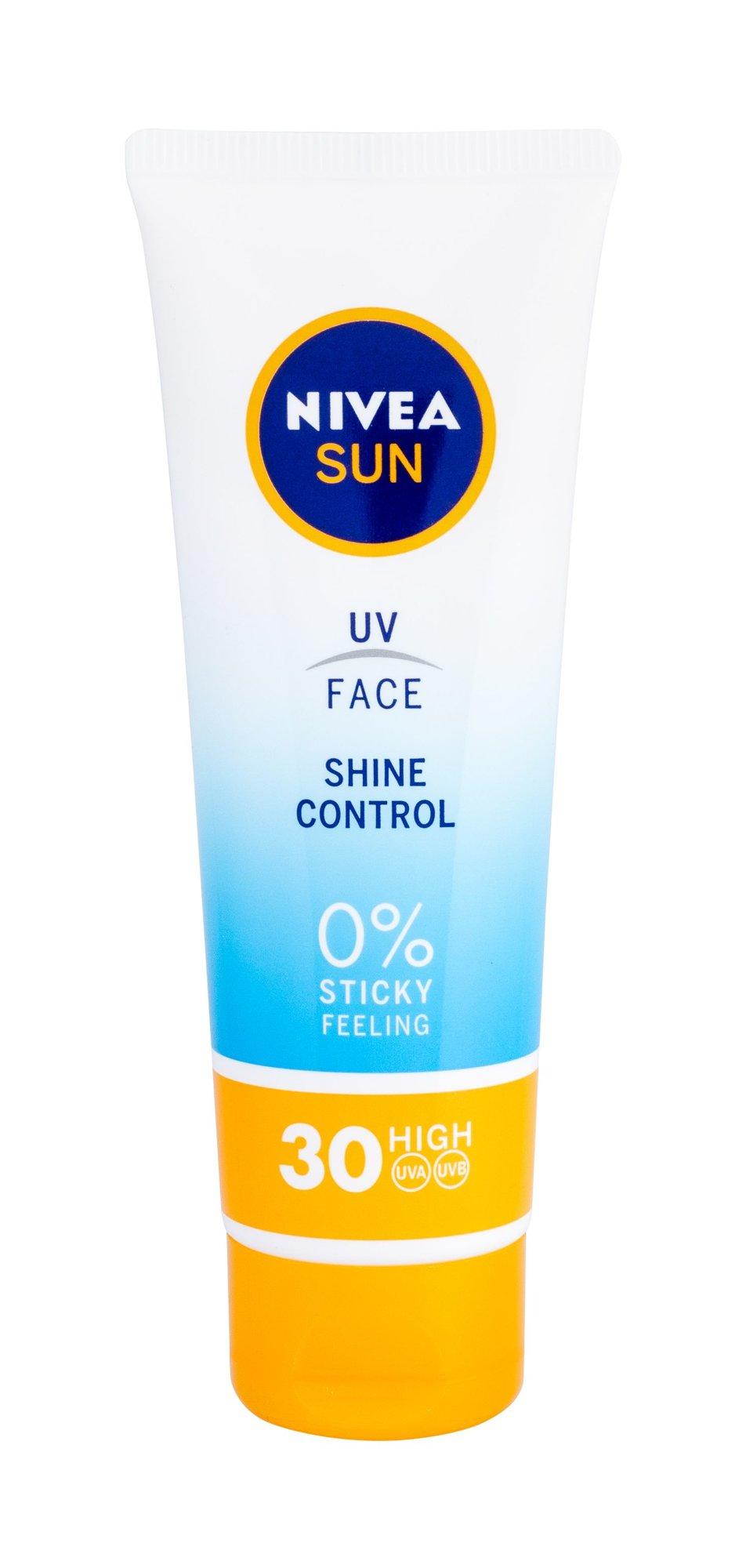 Nivea Sun UV Face SPF30 Shine Control Preparat do opalania twarzy 50 ml