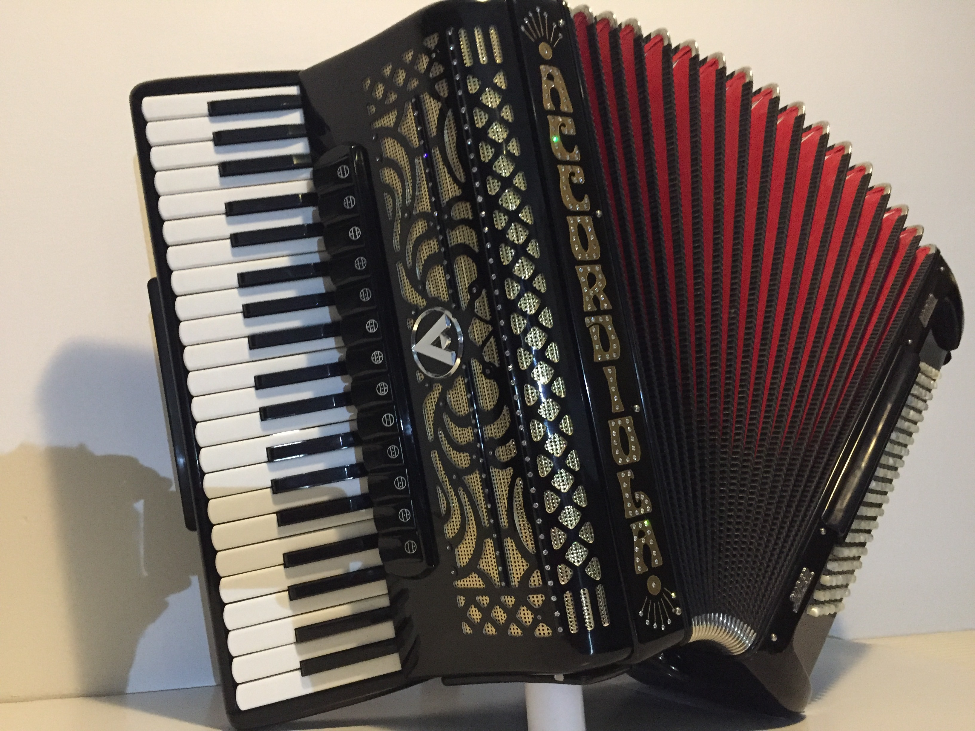 Akordeon Accordiola MANON 120 bas